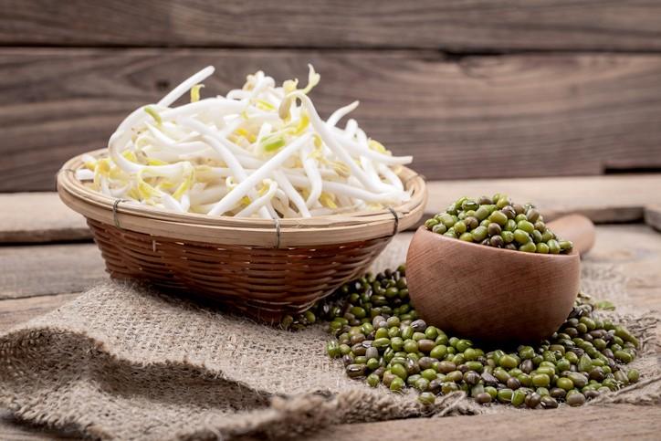 รับประทานผักดิบชนิดไหน อันตรายต่อสุขภาพ